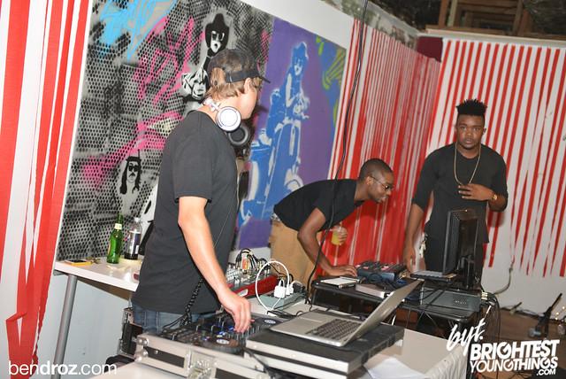Oct 5, 2013-Red Tape - Ben Droz- bendroz -12