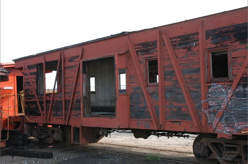 WP668.caboose.2005