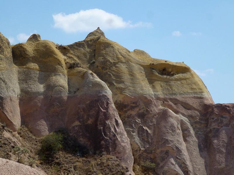 Turquie - jour 21 - Vallées de Cappadoce  - 087 - Çavuşin, Kızıl Çukur (vallée rouge)