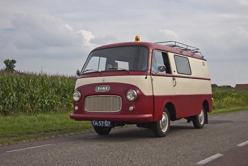 FIAT 1100 T2 1961 (1675)