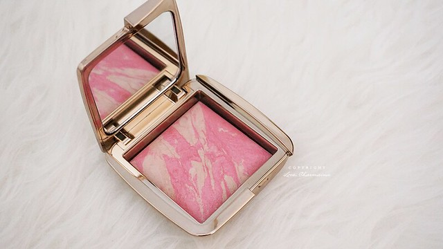 Hourglass Ambient Lighting Blush in Luminous Flush