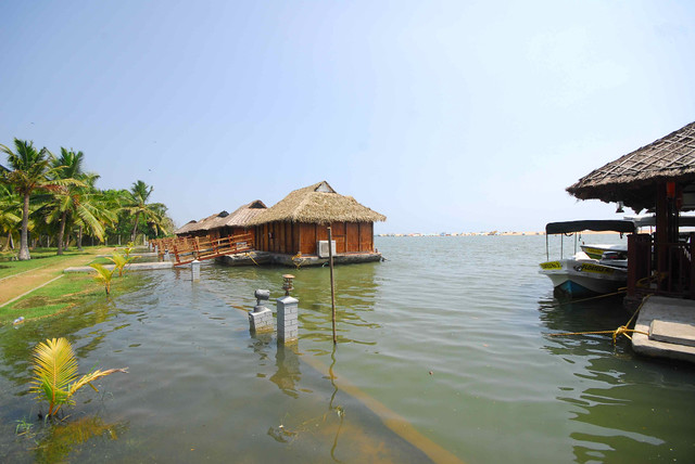 On the Kerala Blog Express