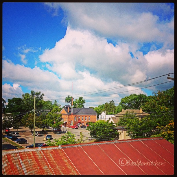 Aug 3 - skyline {my view from Books & Co; volunteering @ the CLIC Photo Show today} #fmsphotoaday #skyline #sky #clouds #booksandco #picton #princeedwardcounty #volunteer #pecartscouncil #clic #clicphotoshow