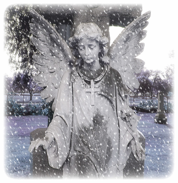 angel with cross and snow effect.JPG
