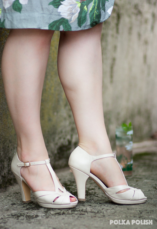 """BAIT """"Lacey"""" Pumps in cream pick up warm tones in the Steel Magnolias print"""