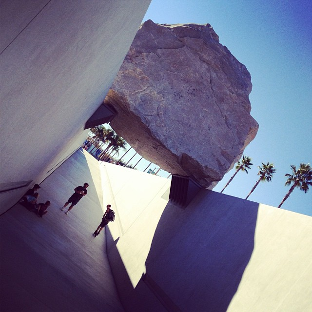 #levitatedmass #lacma