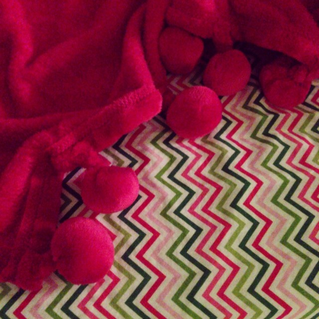 I really want Kenley's new blanket for me... #adorable