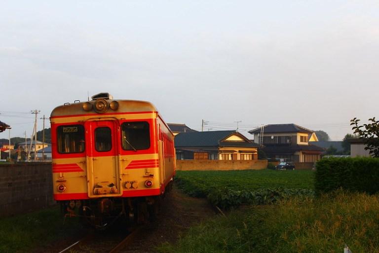 キハ2005+キハ37100-03 磯崎出発