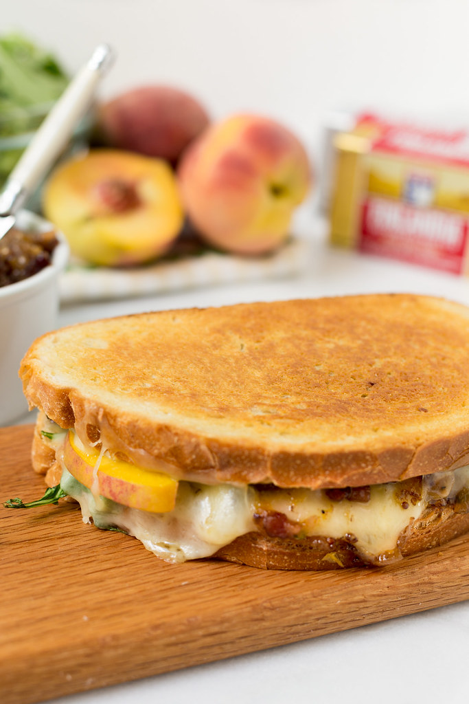 grilled swiss sandwich with peaches and bacon jam #sponsored #finlandiacheese #finlandiabutter