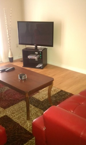 The Hennessey Group furnished corporate rental units come with high speed internet, flat screen TV, and all the amenities you find in your own home by corporaterental