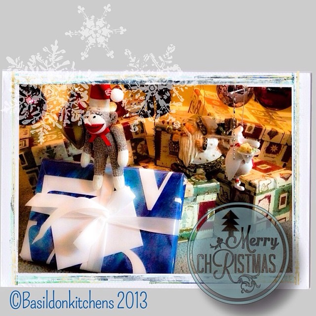 Dec 9 - gifts {gifts are starting to appear under the tree} #photoaday #christmas #gifts #winter #rhonnadesigns