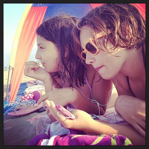 Spiaggiate con musica #summer #figli #giriingiro #romagna #cervia #pinarella