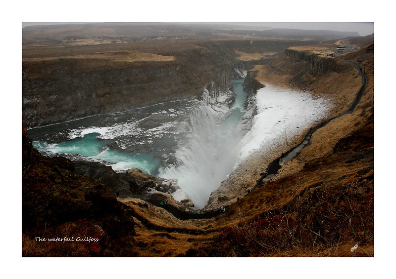 The waterfall Gullfoss3