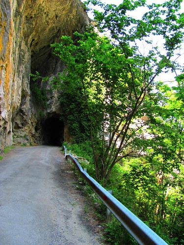 Monte Perdido Tunnel