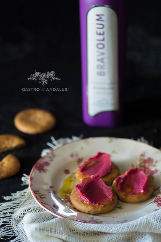 hummus con remolacha y aceite de oliva virgen extra bravoleum