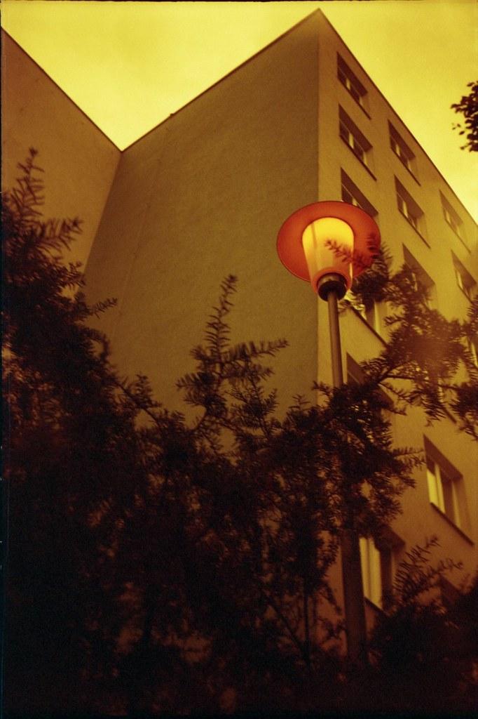 Smena 8M - Redscale - Lamp 2