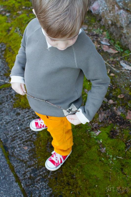 retro sweatshirt raglan