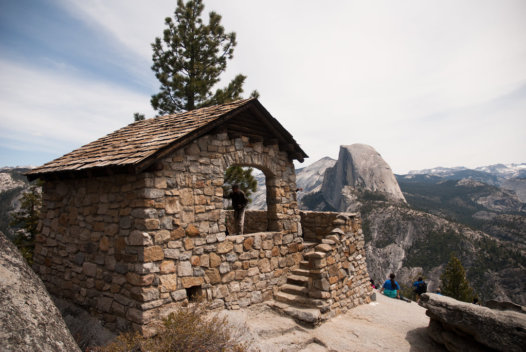 Geology Hut at Glacier Point
