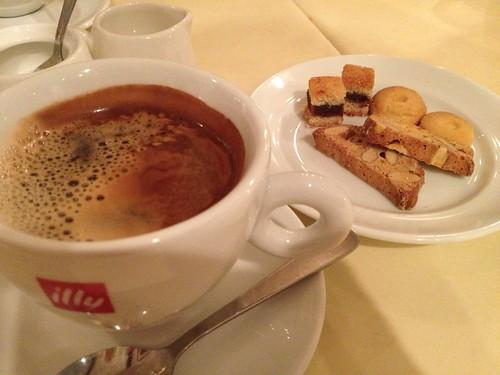 カフェと焼き菓子@ラ ブリアンツァ