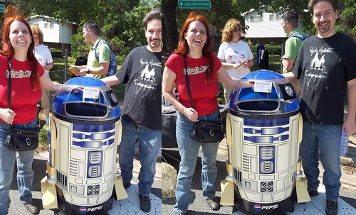 20120922 - yardsaling - Clint & Carolyn with R2D2 cooler - 20120922_12114720120922-diptych-20120922_121201