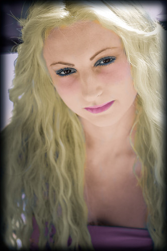 Hand tinted image of Aliona