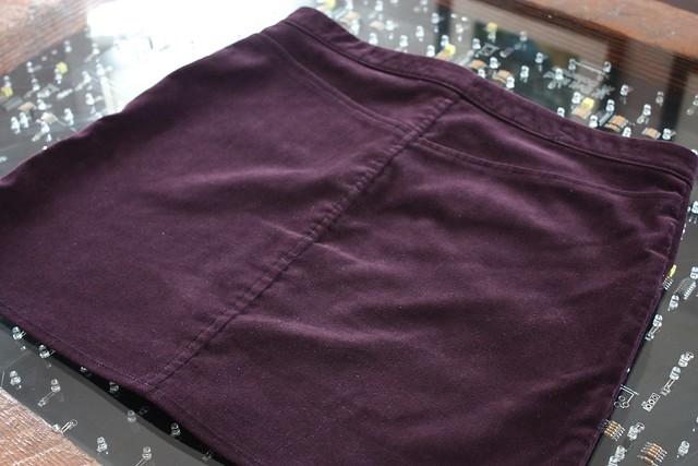 Moss skirt back