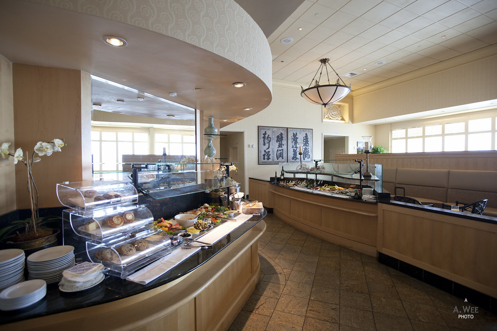 Buffet Counter and Bar Area