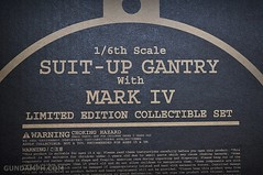Hot Toys Iron Man 2 - Suit-Up Gantry with Mk IV Review MMS160 Unboxing - day1 (4)