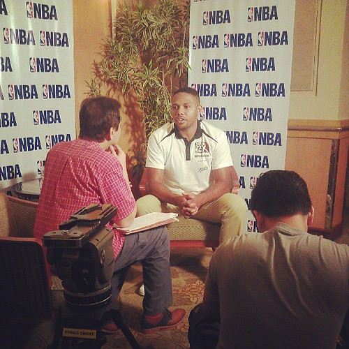 Inside the interview room @TJManotoc with Eric Gordon #NBA3x event :)