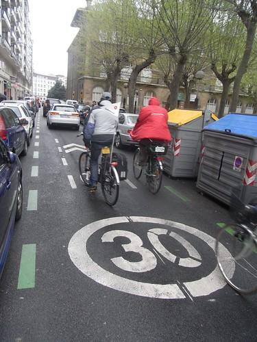 Carril bici pacificado zona 30