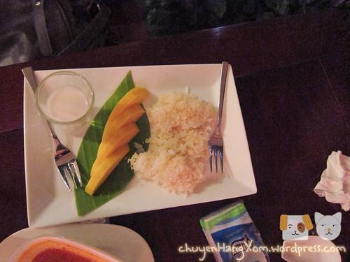 Ăn món Thái ở nhà hàng chay Hum