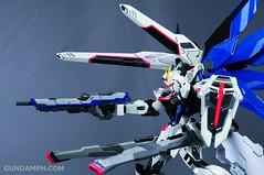 Metal Build Freedom Gundam Prism Coating Ver. Review Tamashii Nation 2012 (91)