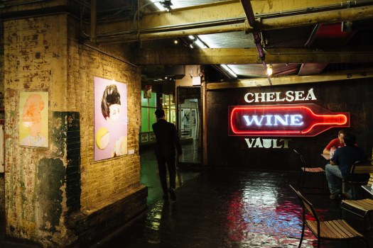 New-York-City-Chelsea-Market-Wine-Sign