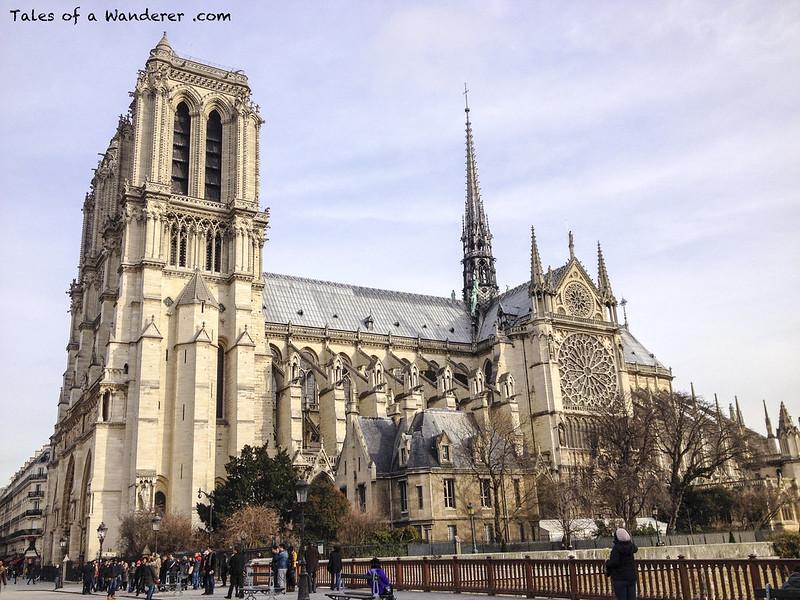 PARIS - Cathédrale Notre-Dame de Paris