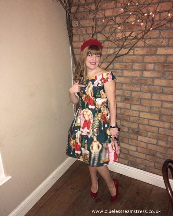 Christmas hunks dress - Simplicity 1418