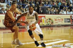 Reyer / Avellino: James Nunnally vs Michael Bramos