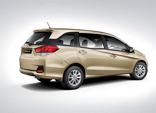 Mobilio Rear-Side Golden