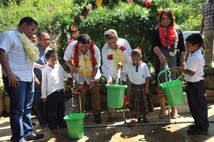Grandes beneficios sociales con el programa de agua potable