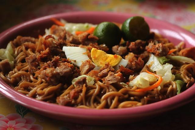 MJ Snack & Pancit Cabagan Restaurant