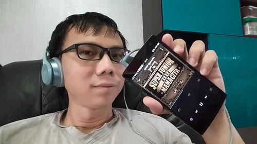 ฟังเพลง K-Pop ด้วย Beats Solo 2 ก็เพลินดี