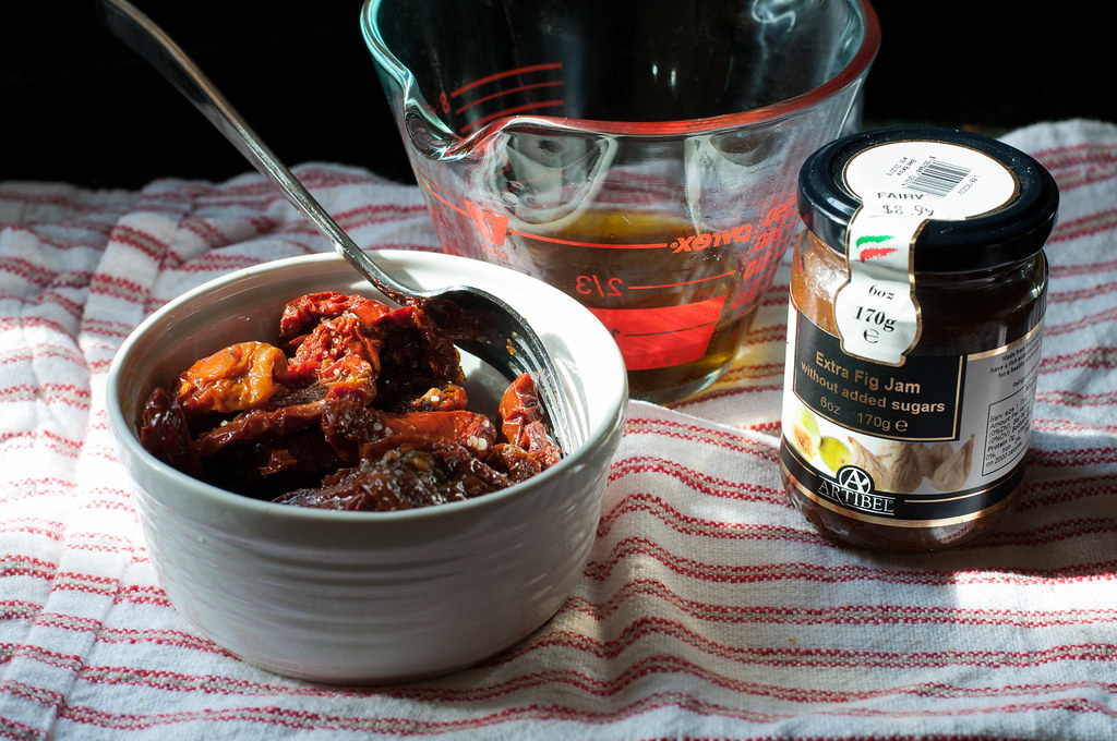 Sun dried tomato and roasted garlic salsa | Natural Comfort Kitchen