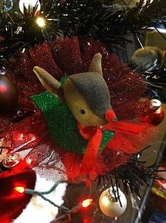 20111208-ReindeerClip
