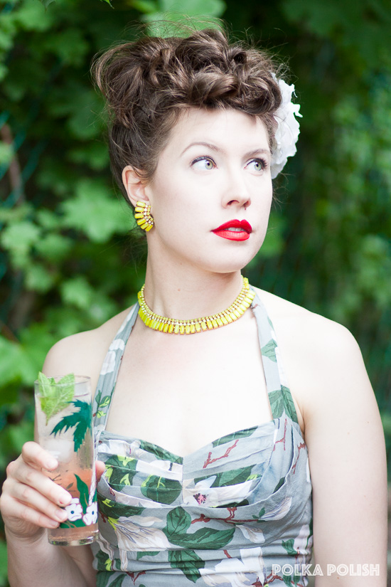 Vintage chartreuse rhinestone jewelry perfectly picks up colors from the Steel Magnolias print