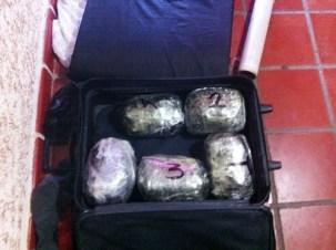 ncauta la PME cargamento de aproximadamente 50 kg de droga
