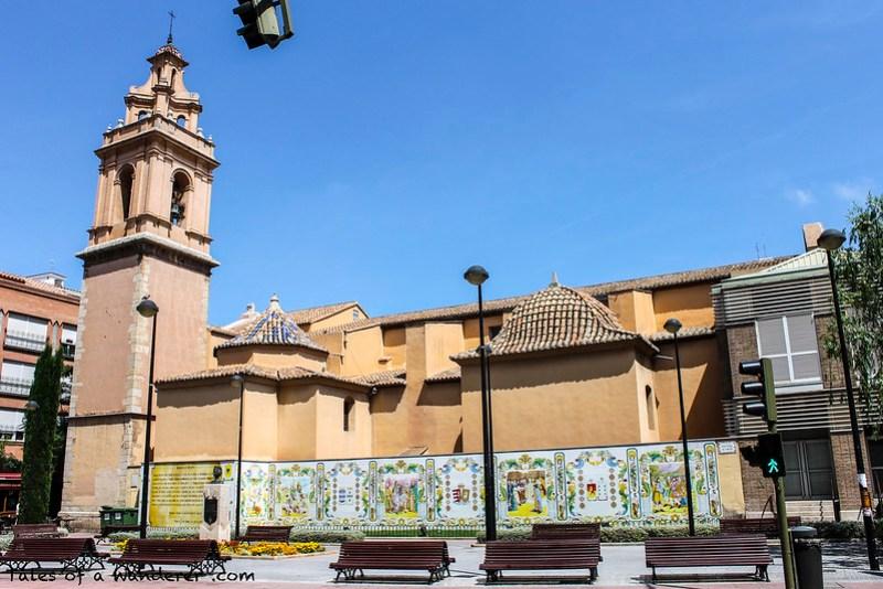 CASTELLÓN DE LA PLANA - Plaza de Fadrell / Iglesia de San Vicente Ferrer