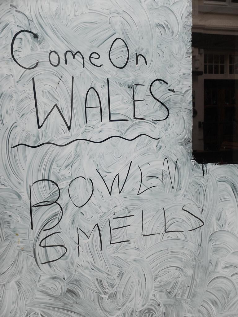 shop window graffiti