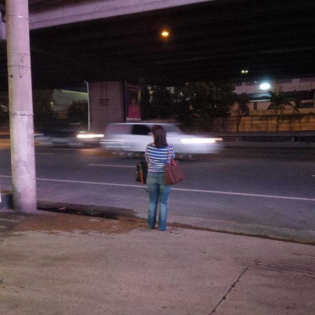 Leni Robredo - waiting for a bus