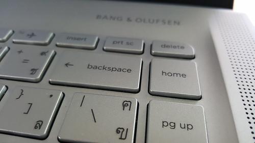ปุ่ม Home ไม่น่ามาไว้ข้างๆ Backspace เลย เผลอกดทุกที