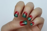 glitter christmas nails - living