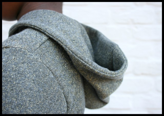 sweaterdress (hood)